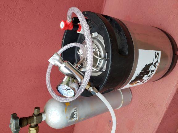 Imagem ilustrativa de exemplo de uso com o cilindor de CO2